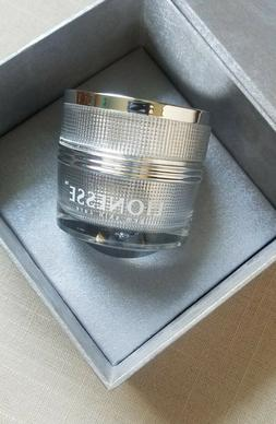 LIONES Diamond Emulsion   70 Capsules  Skin Care Treatment